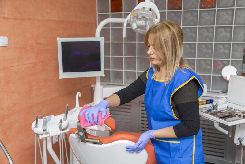 rotina de limpeza consultório odontológico