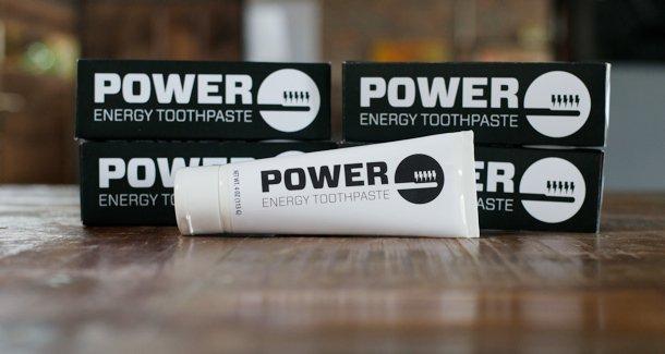 Lançado nos EUA o primeiro creme dental com cafeína