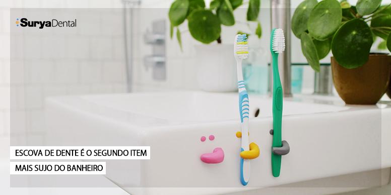 Escova de dente é segundo item mais sujo do banheiro