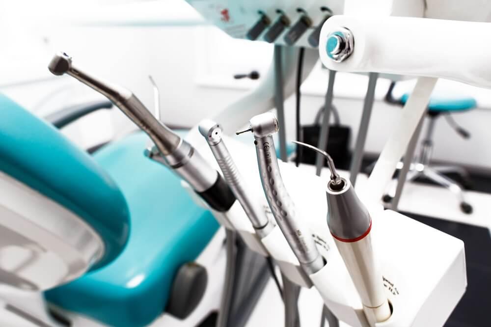 Materiais odontológicos e suas funções: conheça os principais