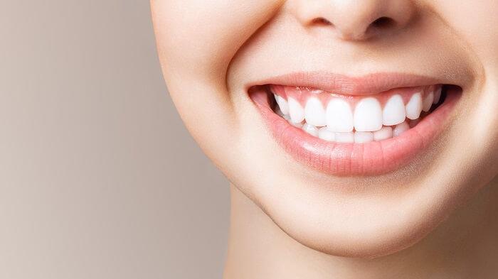 Boca de mulher sorrindo