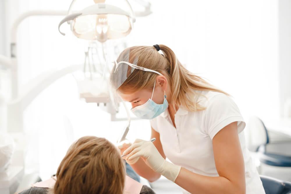 Caso clínico Nova DFL: Restauração indireta em dente posterior Metal Free