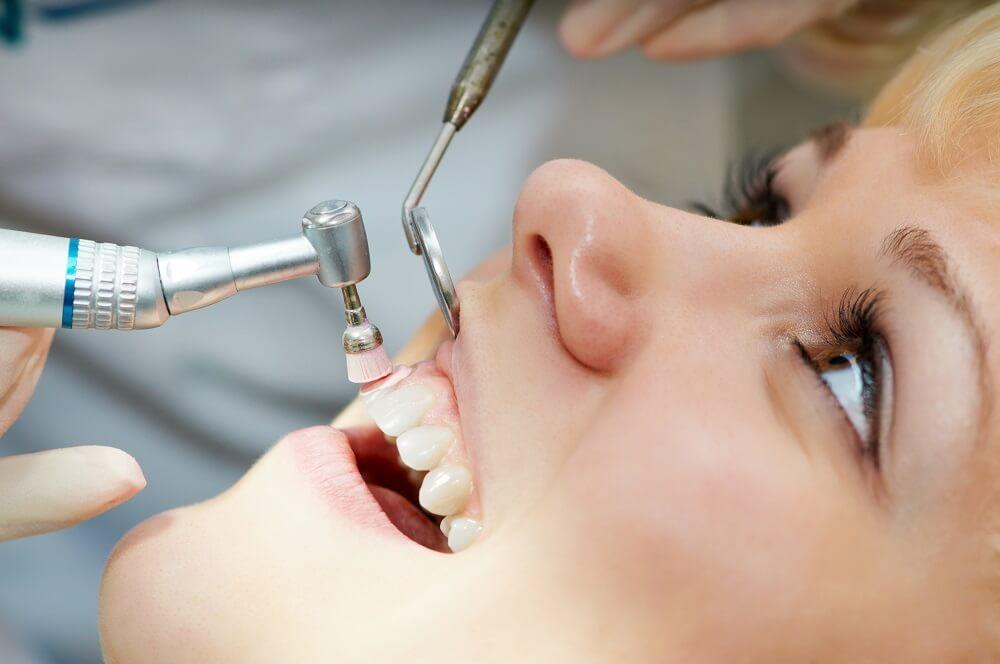 Profilaxia odontológica durante a pandemia: como fazer?
